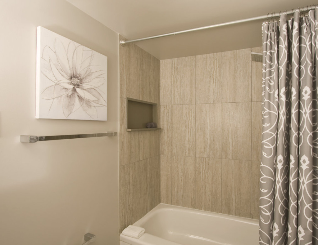 Shower + Rack
